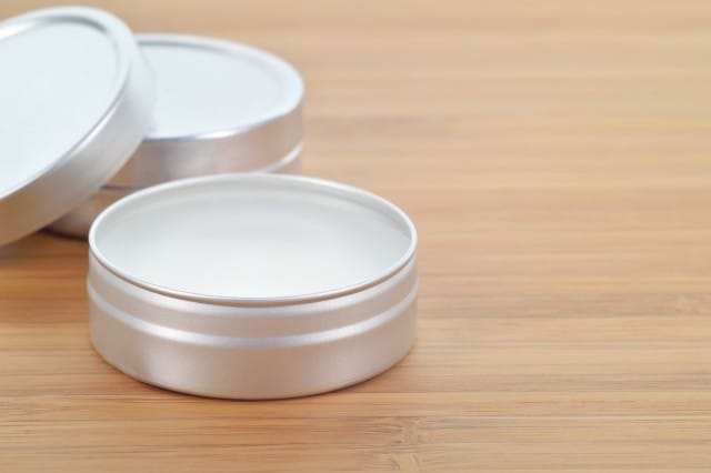 Soothing Mango Butter Lip Balm | SimplePureBeauty.com
