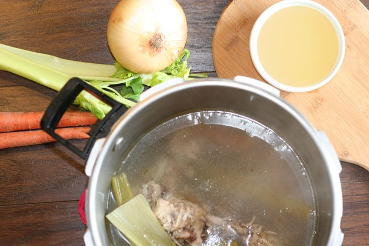 Quick and Easy Pressure Cooker Bone Broth Recipe | SimplePureBeauty.com