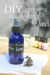 This Anti-aging Toner is infused with green tea and the most effective anti-aging essential oils. It is so easy to make and will leave your skin feeling so fresh and clean! #antiaging #antiwrinkle #skincare #skin #natural #homemade #diy