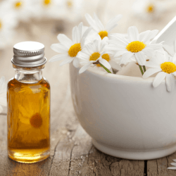 DIY Redness Reducing Anti-Aging Face Serum