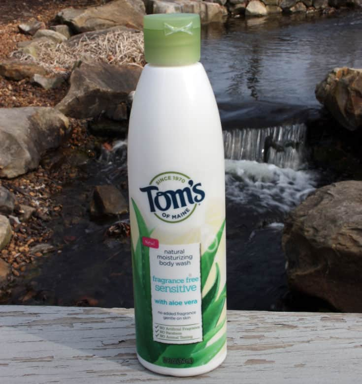 #Ad: Tom's of Maine's new body washes and soaps give you the option to smell good naturally, which is awesome! No more yucky chemicals!