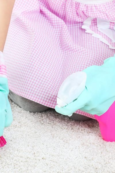 4 Effective Non-Toxic Carpet Stain Removers