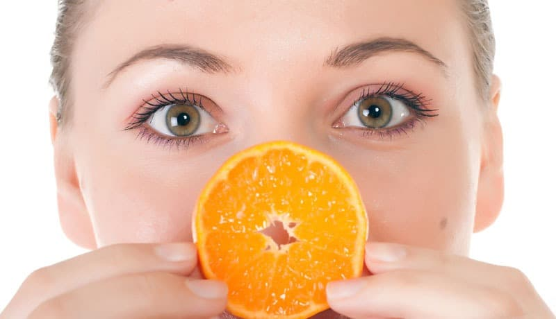 Learn why Vitamin C Serum is perfect as a DIY anti-aging skincare solution.