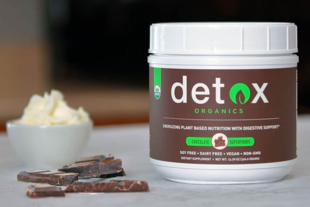 Detox Organics can be mixed with milk, non-dairy milk, water, coconut water...