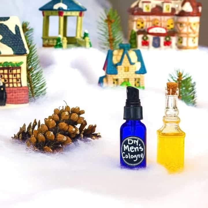 Homemade cologne is an amazing DIY Christmas gift idea that is perfect for the man in your life. Not only does it smell great, but it's made with natural ingredients as well! No chemicals mean less chance of skin irritation or breakouts, and more chance of a happier clean-shaven man. This holiday season, create this cologne recipe with ease and make gift giving a breeze! #homemade #DIY #cologne #natural