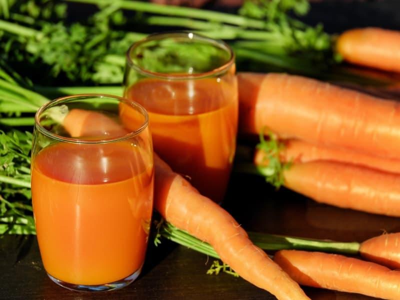 DIY hair dye carrot juice