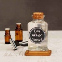 DIY Men's Aftershave Recipe
