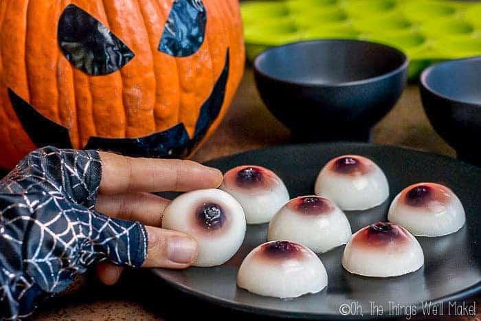 Healthy Halloween: How to Make Gummy Eyeballs