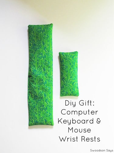 DIY Gifts: Computer Keyboard & Mouse Wrist Rest