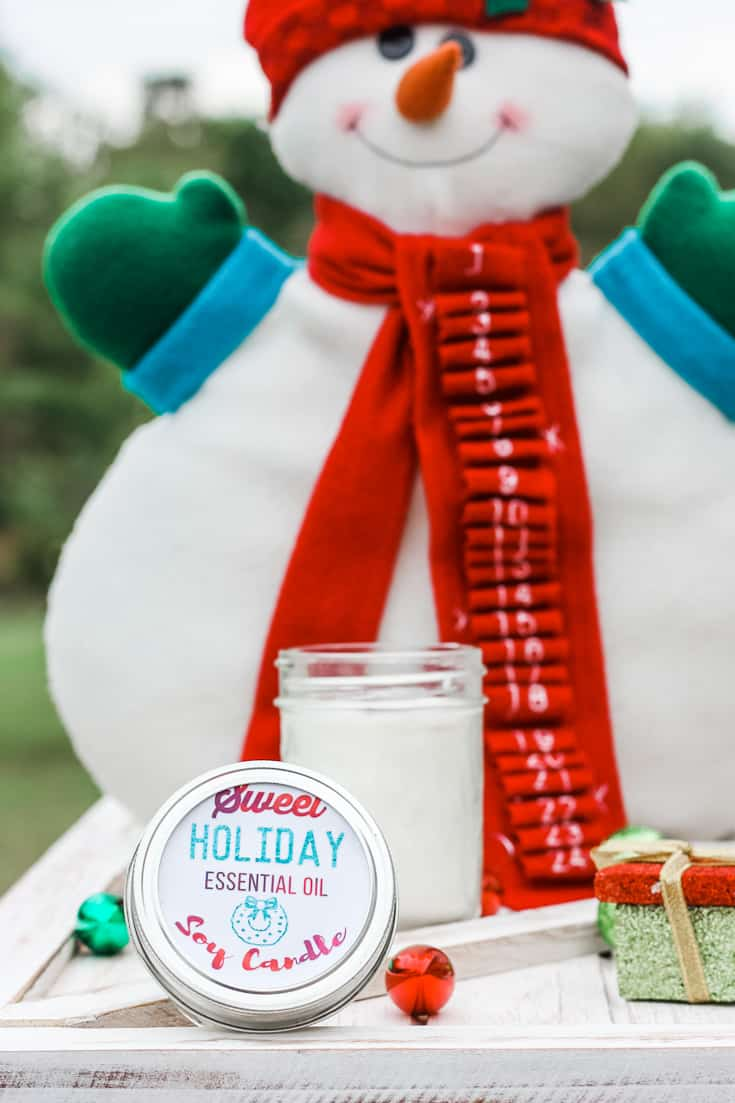 natural holiday scented candle made with essential oils
