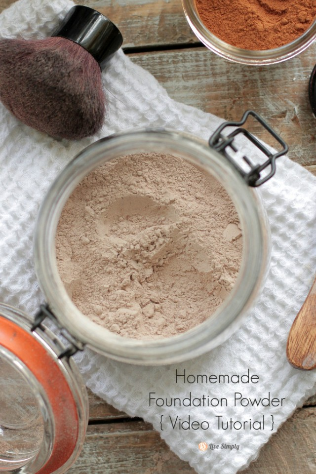 Homemade Foundation Powder (Video Tutorial)